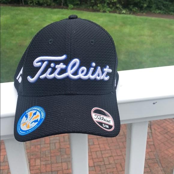 New Titleist Mesh Flex Hat b3e957188e51